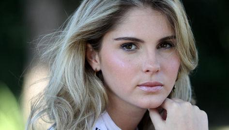 Assessora vende Bárbara Evans como a nova queridinha da Globo